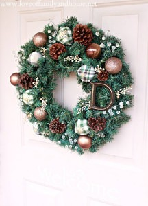 Simple DIY Christmas Wreath 15